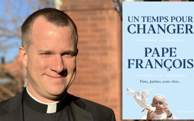 Un temps pour changer du pape François, un livre personnel, au ton très libre